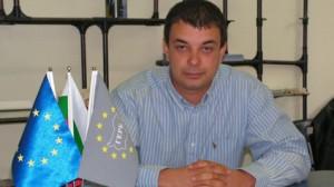Съветниците на ГЕРБ не успяха да свалят Сабанов