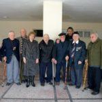 Цветя за ветераните от войната по случай годишнината от Дравската епопея