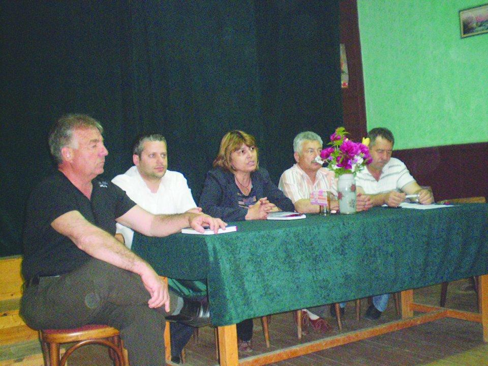 Общински съветници от ПП ГЕРБ се срещнаха с жители на с. Казимир