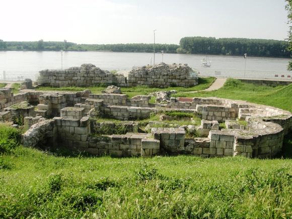 Един милион лева ще бъде отпуснат за реставриране на базиликата в дунавската градина