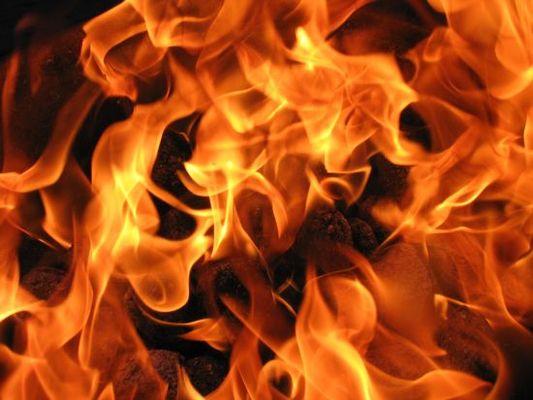 Небрежна работа с огън е причина за 5 пожара