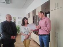 Млади хора получиха поздравления от РУ-Силистра