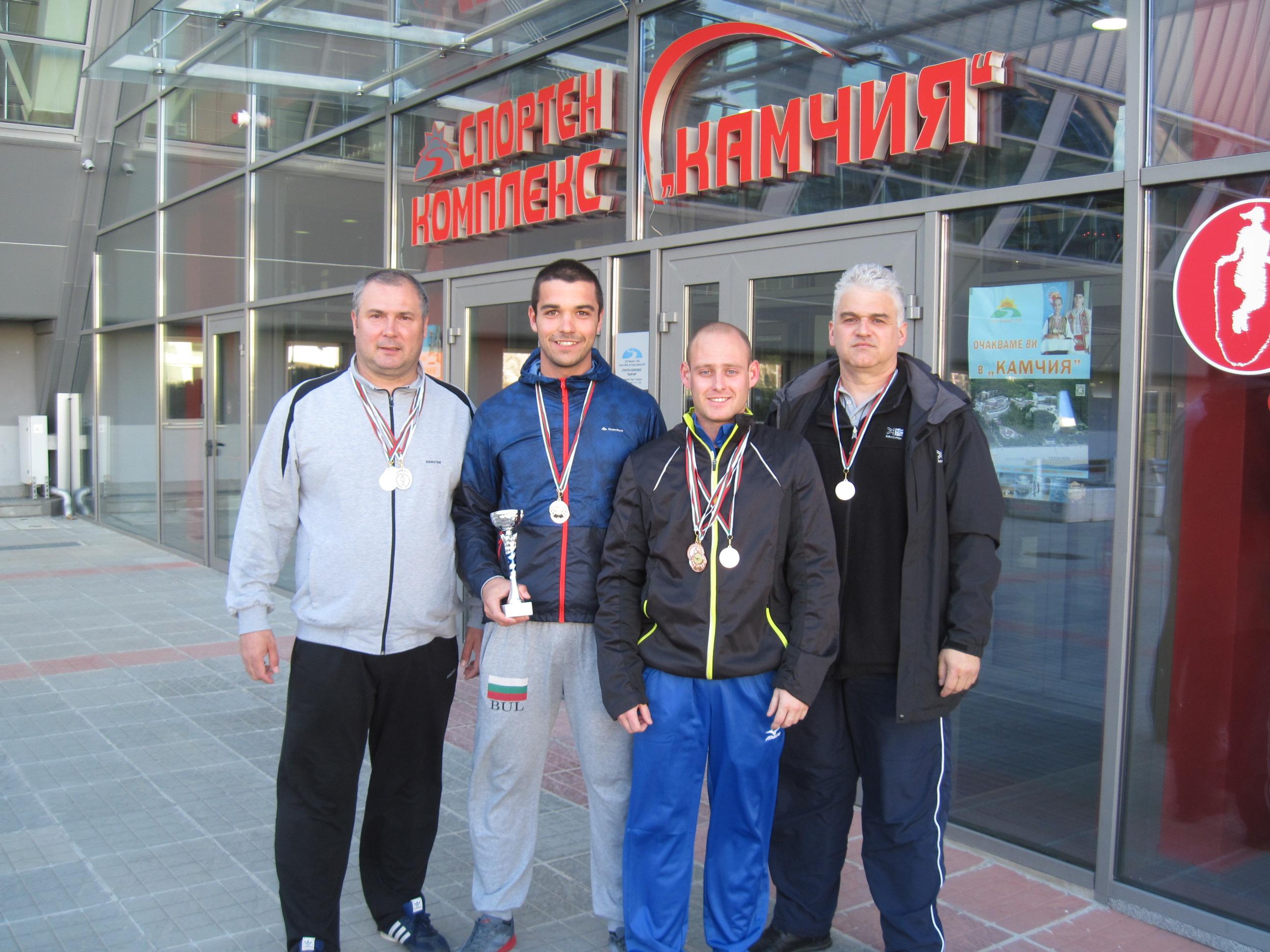 Огнеборци и полицаи от Силистра с призови места на републиканско първенство по плуване