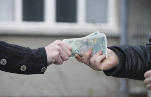 Мъж от Дулово е осъден за 100 лв подкуп