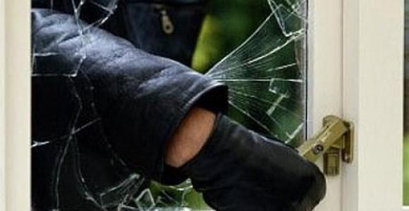 Две момчета разбиха магазин в Тутракан