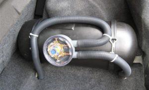 Автомобилна газова уредба, вдигна на крак пожарникарите