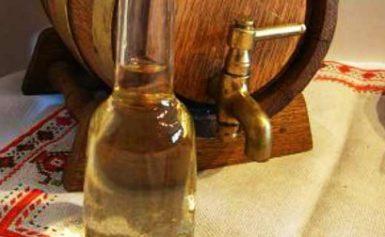 Откраднаха 40 литра ракия в село Сяново
