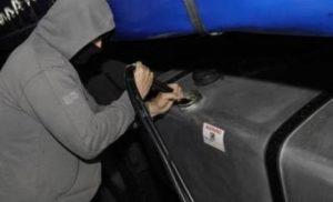 Мъж е хванат да върти търговия със служебен биодизел