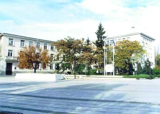 """Улица """"Константин Иречек"""" без канализация?"""