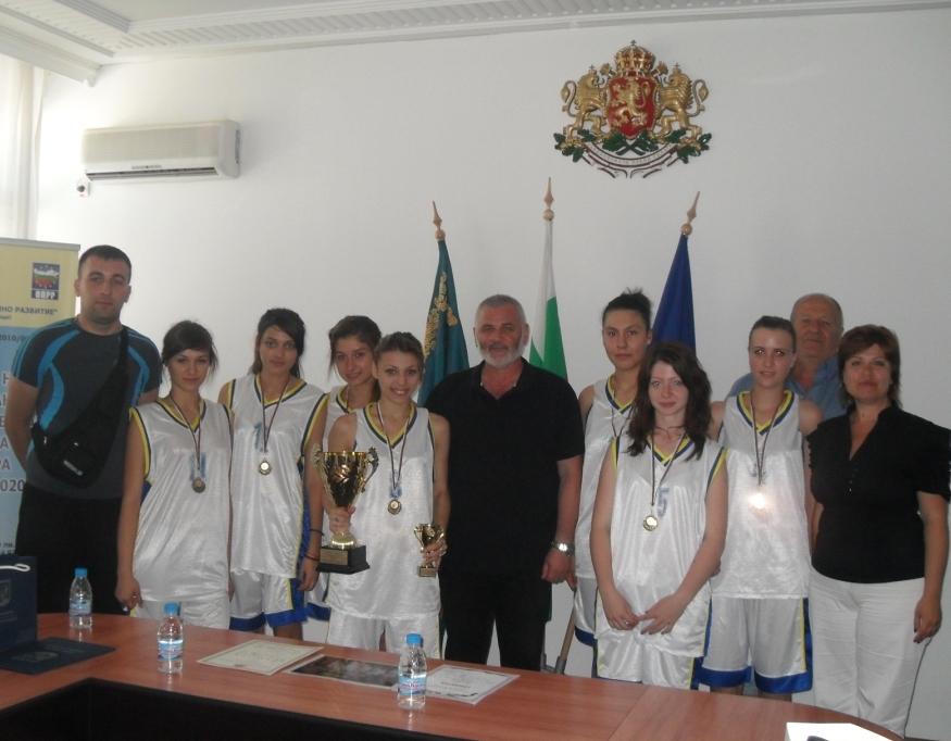 Девойките-шампиони по баскетбол на гости в Община Силистра