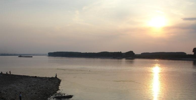 Д-р Юлиян Найденов забрани къпането в Дунав